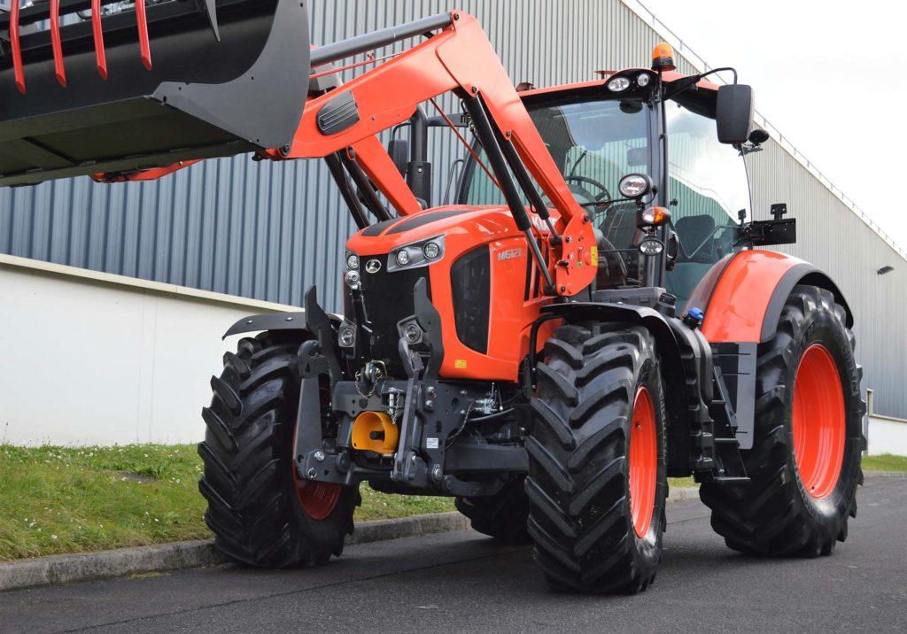 Ciągnik rolniczy Kubota M6121